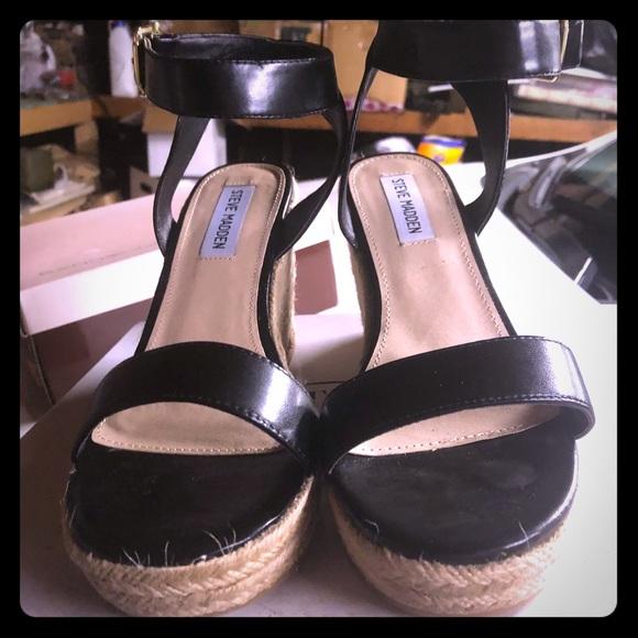 db249d833e7 Steve Madden Black Seaside Wedge Sandals 8.5M